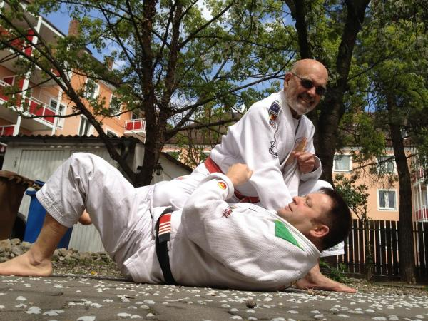 GM Flavio Behring knee on belly Brazilian Jiu Jitsu Andreas Hoffmann Bamberg
